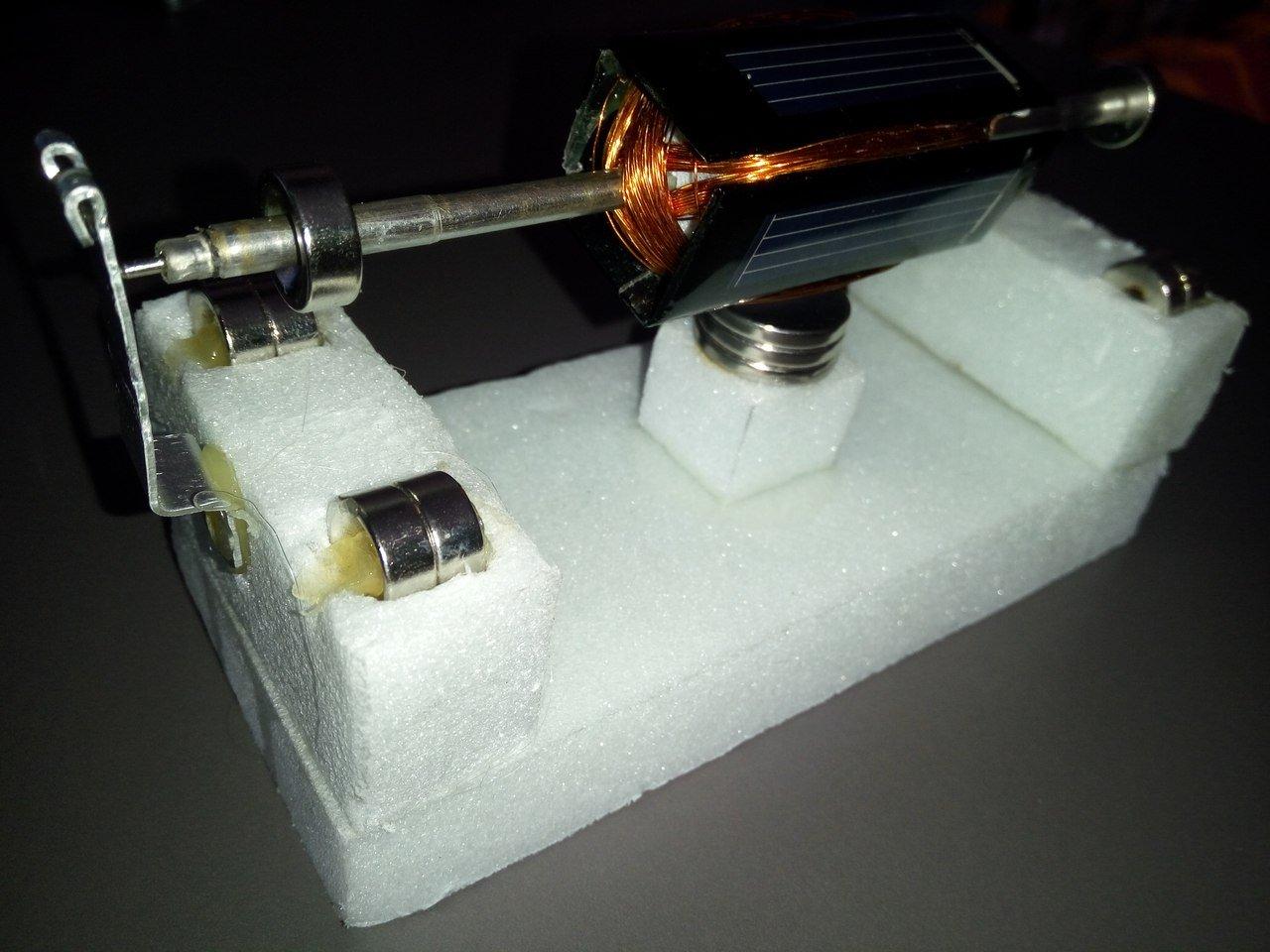 Левитирующий двигатель(мотор мендосино). Украшение для рабочего стола