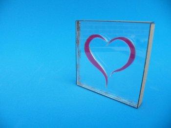 Стеклянный сувенир с сердцем своими руками