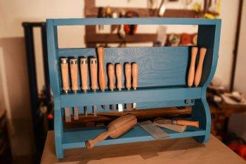 Полка для инструментов своими руками