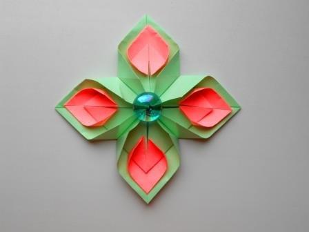 Цветок из бумаги оригами