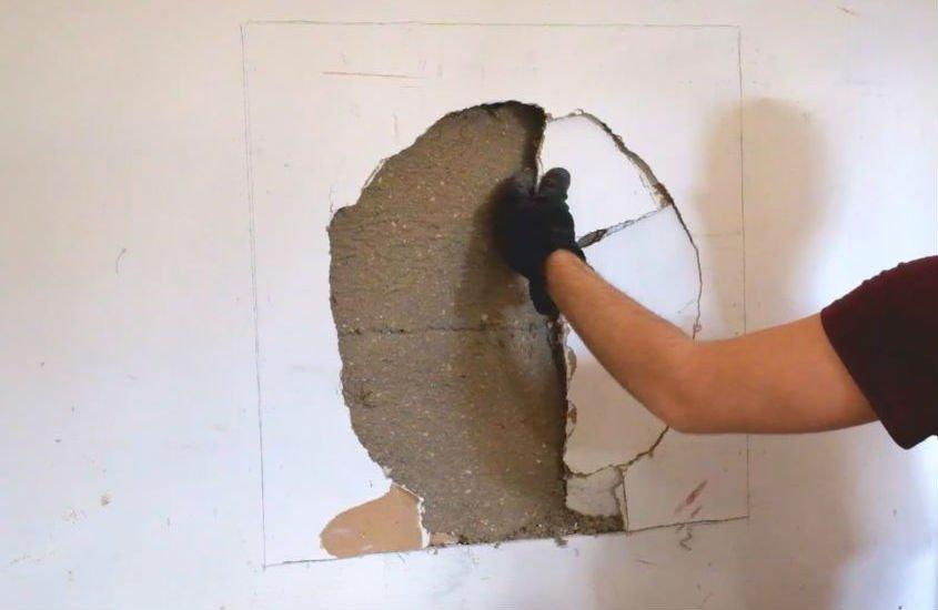 как заделать дыру в гипсокартоне на стене