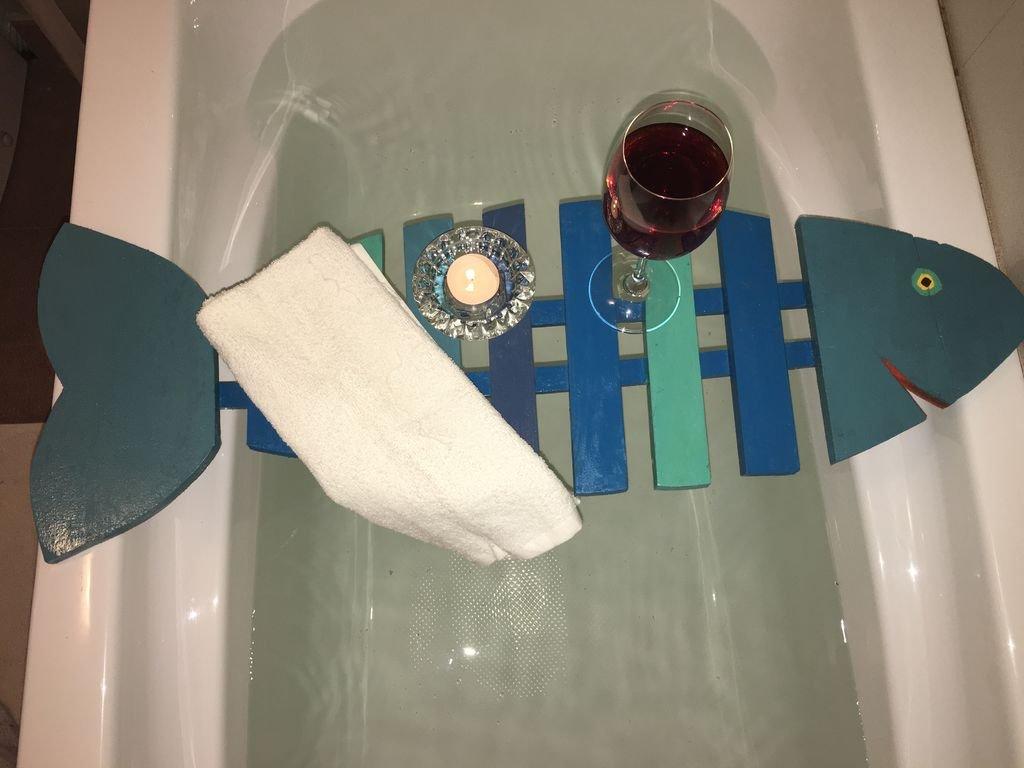 Полка-поднос для ванной в форме рыбы