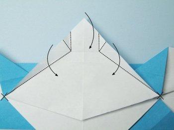 Бэтаранг Бэтмена из бумаги