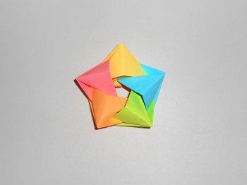 Объемная звезда из бумаги. Поделки  к 9 мая, 23 февраля