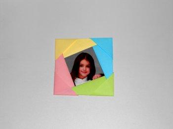 Фоторамка из бумаги