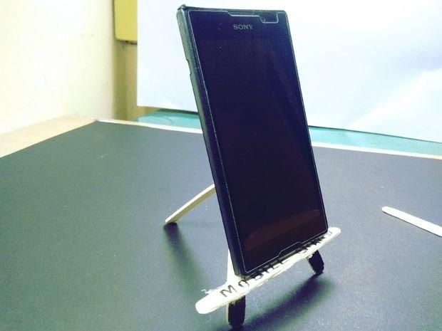 Подставка для смартфона из подручных материалов