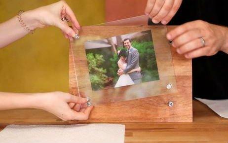 Стильная деревянная фоторамка своими руками