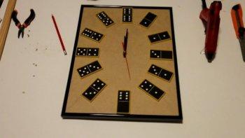 Часы-домино своими руками